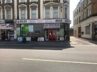 SHOP TO LET/ LEASE FOR SALE £2,500 MONTHLY