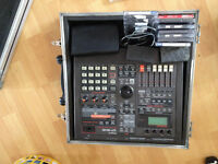 ROLAND SP808 VERY RARE WITH 250MB ZIP DRIVE WITH VARIOUS ZIP DISKS INCLUDING 100MB EXTERNAL DRIVE