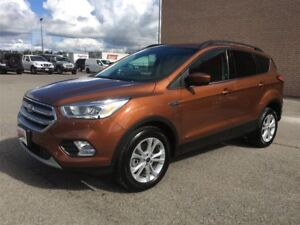 2017 Ford Escape SE 4wd Nav Leather Sunroof