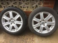 Alloy wheels and tyres. 5x120 225/50/17