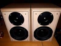 Eltax Monitor III bookshelf speakers