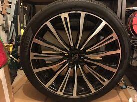 "Land Rover Discovery 4, 22"" Hawke Chayton wheels, Pirelli Scorpion Zero 285/35 R22 tyres"