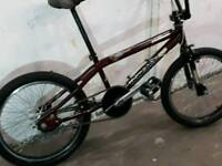 PRO BMX MONGOOSE VILLAIN BIKE - REFURBISHED £65