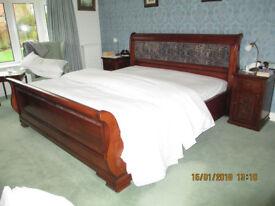 SUPER KINGSIZE SLEIGH BED,