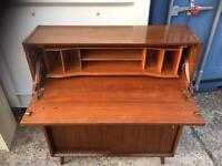 Retro bureau FREE DELIVERY FRIDAY