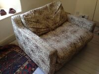 Large Amrchair / Small 2-Seater Sofa - 15 mins from BATH