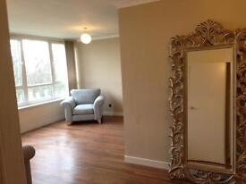 Large 2 bed Flat North Leeds