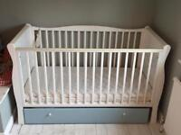 Cot bed mattress in good condition