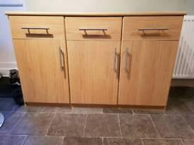 3-door, 3-drawer cabinet