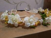 """English Garden Flower"" Hair Garlands"