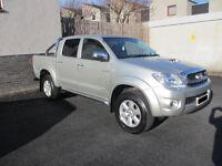 Toyota Hilux 3.0 D-4D Invincible 4dr