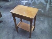 ANTIQUE SQUARE COFFEE TABLE - GREAT CONDITION