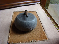 ANTIQUE AILSA CRAIG GREY FULL SIZE CURLING STONE
