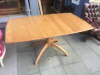 ERCOL Windsor Pedestal Table - Excellent Condition. Has extension . RRP £1150 our price £495