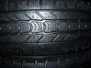 205-65R15 > HIVER , 1 , 2  ou 4 pneus usagés .