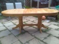 Pine dinning table oval extendable brown golden colour has seated 6 8 10 people 150 (195) x 100 cm .