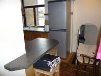 RICHMOND (TW9 1UR) - Single Bedroom to let in flatshare