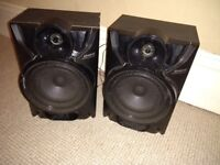 2 Samsung speakers for sale