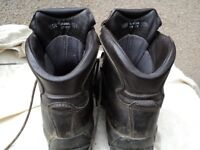ALTBERG boots 10.5 EXTRA WIDE