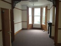 Bills included, Nice Clean and tidy fully Furnished 4/5 bedroom ideal student let on Garth Road