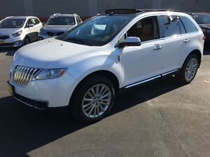 2013 Lincoln MKX Automatic, Leather, Panoramic Sunroof, AWD