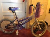 Girls bike . Age 7-10 . Hardly used