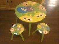 Children's Wooden Table and 2 Stools Green alien theme Circular
