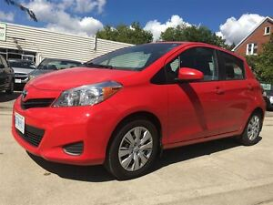 2014 Toyota Yaris LE/ PRICED FOR A QUICK SALE!/ WE FINANCE ! Kitchener / Waterloo Kitchener Area image 3