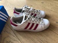 Adidas superstars kids 4