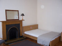 Central Double Room in a shared flat rent only £270