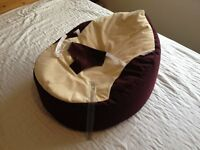 Comfortable baby bean bag with seat belt harness like new