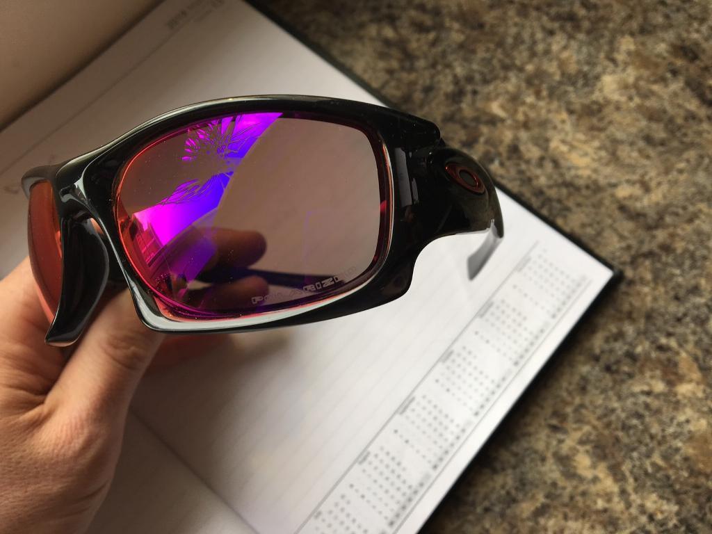Genuine Oakley polarised sunglasses