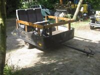 Fun trailer to carry children and adults towable with a mini tractor or car !