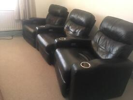 3 seater leather recliner powered just £150