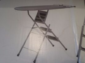 I-Lad, Portable and Compact Best 2-n1 Space Saving Ironing Board