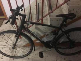 Full size male hybrid bike