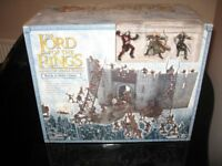 the lord of the rings armies of middle-earth battle at helm's deep