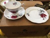 Royal Albert 18 piece t set - sweet romance unused