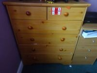 Cheap Set of Beedroom Drawers need gone