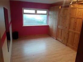 Rooms For Rent in Busy Area, ideal for Beauty, Nails, Make up, Tattoo Artist, Office etc.