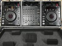 DJ Decks and flight case