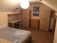 @@ Massive double room in Neasden Shopping Centre @@