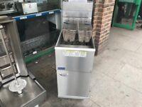 GAS FRYER CATERING COMMERCIAL KITCHEN EQUIPMENT CAFE KEBAB CHICKEN PIZZA RESTAURANT SHOP CAFE BAR