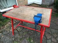 Work bench with vice and pipe vice