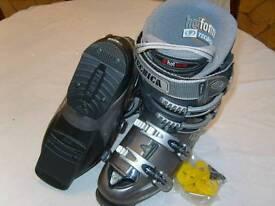 Tecnica ski boots, size 6. Never worn.
