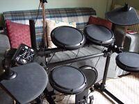 DD Techtonic 502 Series Digital Electronic Drum Kit & Hardware
