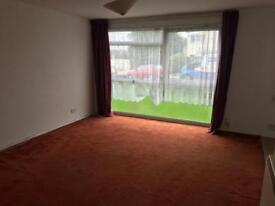 Beautiful 2 bedroom flat/ apartment available to rent 15th October