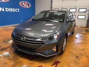 2019 Hyundai Elantra ESSENTIAL LOW KM'S! / AIR/ HEATED SEATS/...