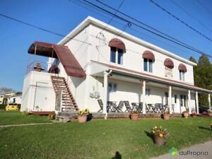 359 000$ - Gite touristique à vendre à Ste-Monique-Lac-St-Jean