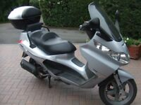 PIAGGIO X8 PREMIUM 250cc ie SCOOTER. 2007, Silver, 2 Owners, 12 Months MOT.